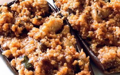 Berenjenas rellenas de quinoa y verdura